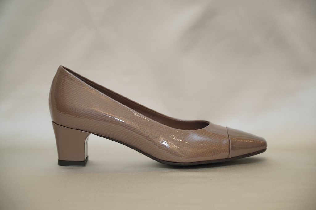 cipők 138